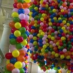 Nem 99, hanem 20,000 luftballon emelte magasba az ausztrál művészt