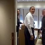 Selfie után: újabb árulkodó képek készültek Obamáról - fotók