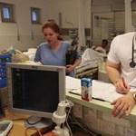 Kezdő rezidensek döntésén múlhat a betegek élete?