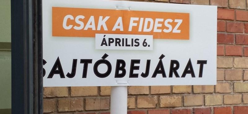 A Playboy kiadójával gyártat kampányújságot a Fidesz-frakció