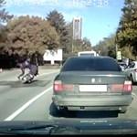 Leütött a rendőr egy száguldó motorost – videó