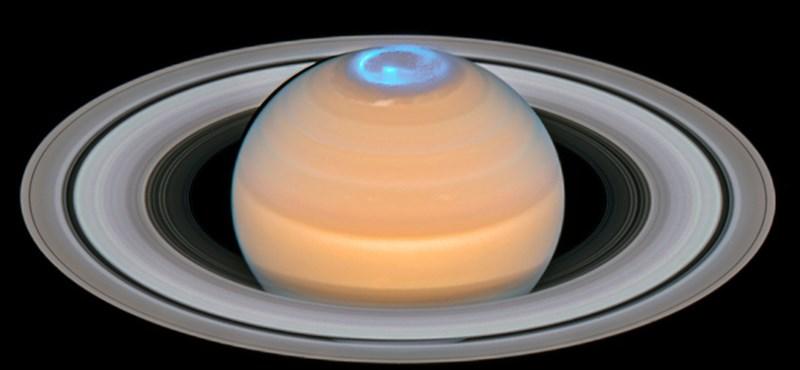 Megfejtették, mi az a nagy forróság a Szaturnuszon fönt, miközben lent hideg van