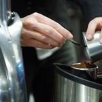 Kávéfüggő, de az ár is számít? Itt jár a legjobban