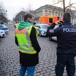 Megzsarolták a DHL céget a potsdami gyanús csomaggal