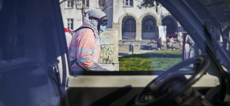 Szlovéniában 30 százalékkal csökkentik a tisztségviselők fizetését
