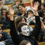 Kis János: Tizenöt-húsz év? Az Orbán-kormány és az ország jövőjéről