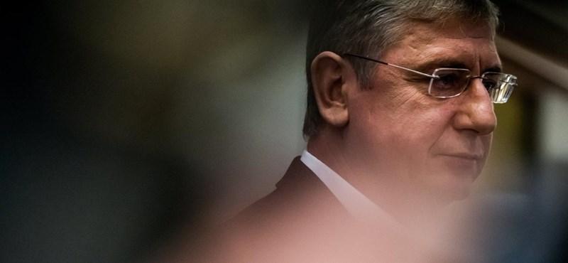 """""""A DK valódi célja, hogy szarban hagyja az MSZP-t"""""""