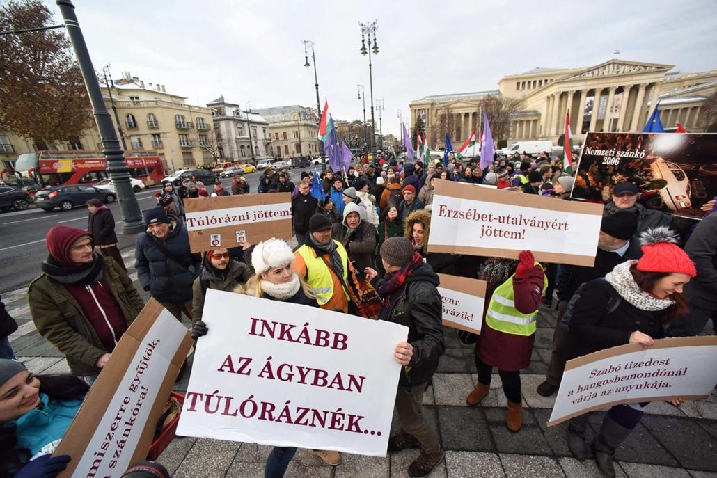 20181216007 map.18.12.16. tüntetés a rabszolgatörvény és a különbíróságok ellen, hősök tere