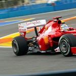 Alonso nyerte a Brit Nagydíjat