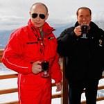 Orosz üdülőben iszogatott a Putyin-Berlusconi-Medvegyev trió