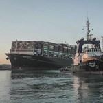 Már úszik az Ever Given, lassan elhagyja a Szuezi-csatornát is