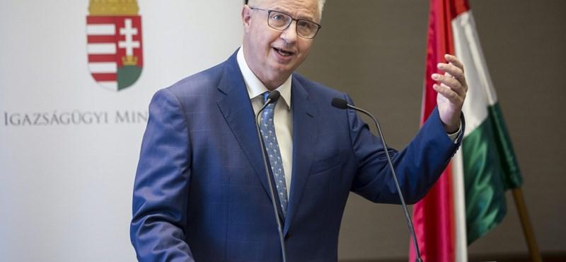 Trócsányi László 2016-ban inkább csak költött