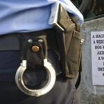 Fotó: SS-re emlékező táblát tettek a hortobágyi páncélos emlékműre