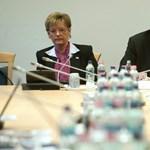 Hoffmann: nem lesz létszámleépítés az iskolákban