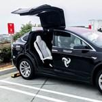 Milyen állapotban van egy Tesla 560 ezer kilométer után?