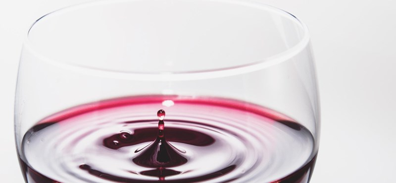 Felküldtek pár palack bort az űrbe, egyelőre senki nem ihatja meg őket