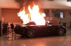 70 autót elloptak, egy Mercedes-AMG-t felgyújtottak Kaliforniában