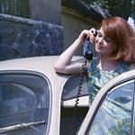 """Az """"átkosban"""" nemcsak a """"telefon sírt"""", hanem azok is, akik nem jutottak hozzá"""