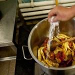 Itt lehet évi 50 millió forintot keresni szakácsként