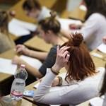 Ezért bukták magyarok tízezrei a diploma megszerzését
