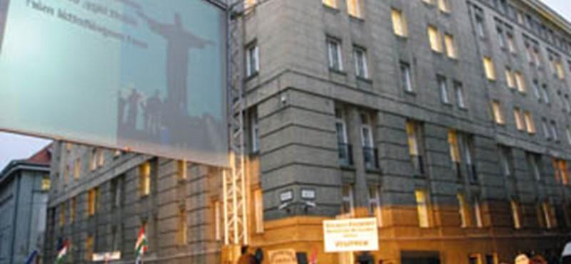 Fidesz: eladják az oktatási minisztérium épületét?