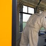 A BKV megmutatta, hogyan fertőtlenítik a járatait