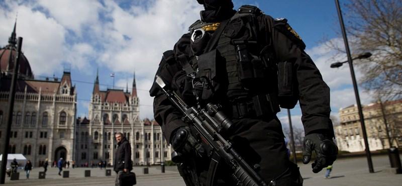 Bőkezűen áldoznak Orbánék terrorellenes intézkedésekre