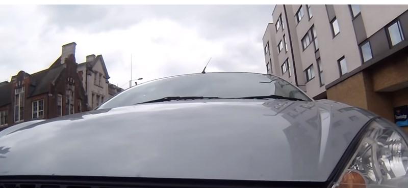 Elütötte az autós a bringást, mert nem volt hajlandó lehúzódni