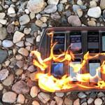 Videó: felgyújtották az eddigi összes iPhone-t, hogy megtudják, melyik bírja jobban