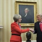 Eldugnák Trumpot a tiltakozók elől londoni látogatásán
