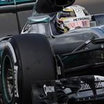Villanyfényben is Hamilton uralta a világbajnoki döntő szabadedzését