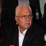 Széthúzás a szíriai ellenzéknél, távozott az egyik alapító