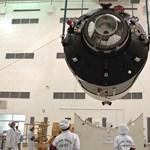 Űrbeli dokkolásra indul a Sencsou-8 kínai űrhajó