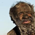Fotók: 60 éve nem mosdott egy férfi