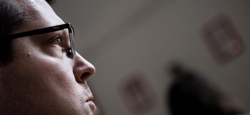Filippov: A Fidesz politikája a konfliktuson alapul