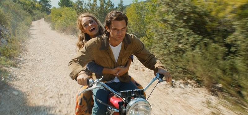 A Mamma Mia! 2-ben annyi a D-vitamin, hogy receptre kellene felírni