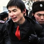 Lövöldözés tört ki Kazahsztán legnagyobb városában