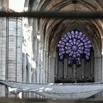Továbbra is veszélyben van a Notre-Dame