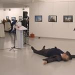 Putyin karjaiba lökheti Erdogant az orosz nagykövet lelövése