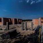 Ismét megfektetheti a kormány a magyar lakáspiacot a kedvezményes áfa kivezetésével