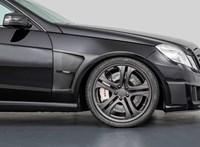 Eladó a világ leggyorsabb szedánja, egy mára 12 éves Mercedes, ami 370 km/h-val megy