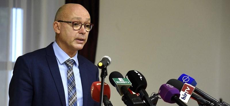 Az adatvédelmi hatóság továbbra is vizsgálja Pikó Andrásék ügyét