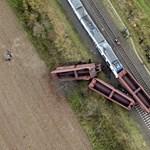 Újabb fotók jöttek a németországi durva vonatbalesetről