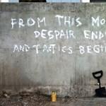 Graffitivel állt ki Banksy a londoni környezetvédők mellett?