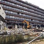 Még sincs azbesztveszély az újlipótvárosi épületbontás miatt