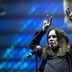 Drogellenes dalt írt Ozzy Osbourne, gitárosnak pedig megnyerte Slasht