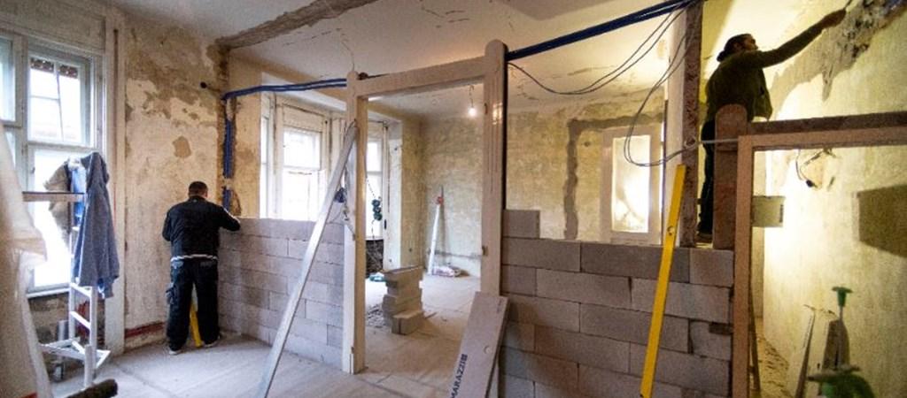 Gazdaság: Százezer lakás tulajdonosai szállhatnak be a felújítási programba | hvg.hu
