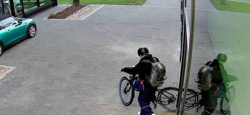 1 millió forintos biciklit loptak egy pesti BMW szalonból, fényes nappal – videó