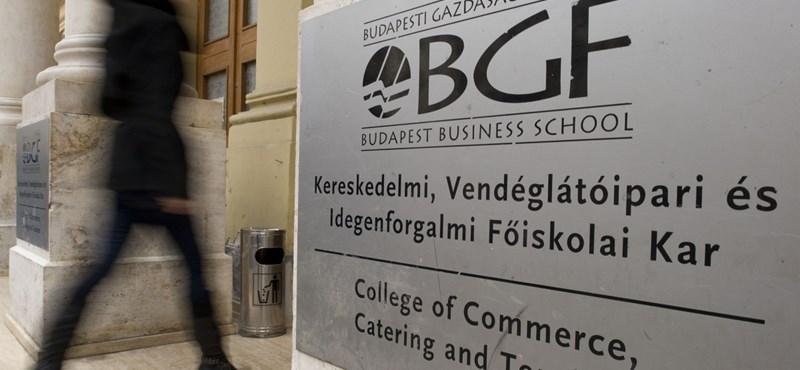Mennyit keresnek a BGF-en végzett pályakezdők?