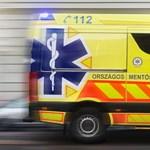 Fél órán át hívták a mentőket egy haldokló beteghez a Nyugatihoz, pedig épp arra járt egy mentőautó